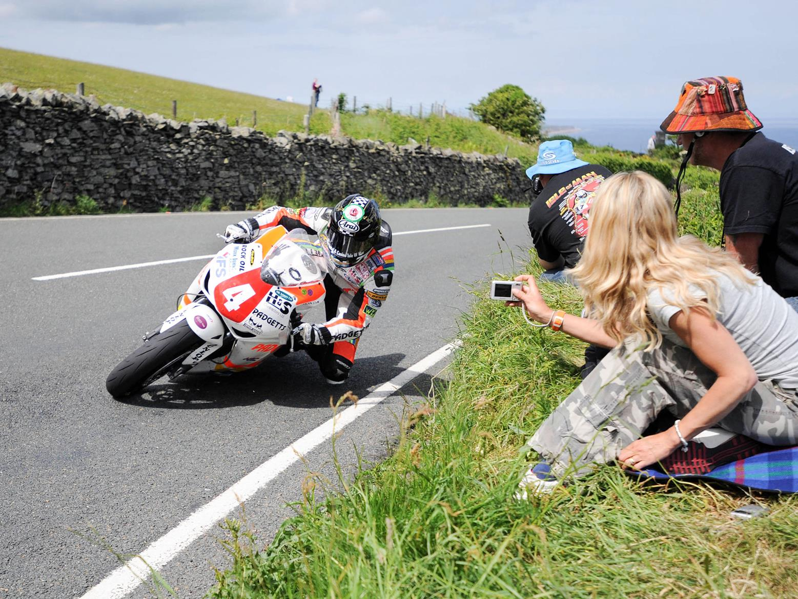 2010 Hutchy Superstock TT win