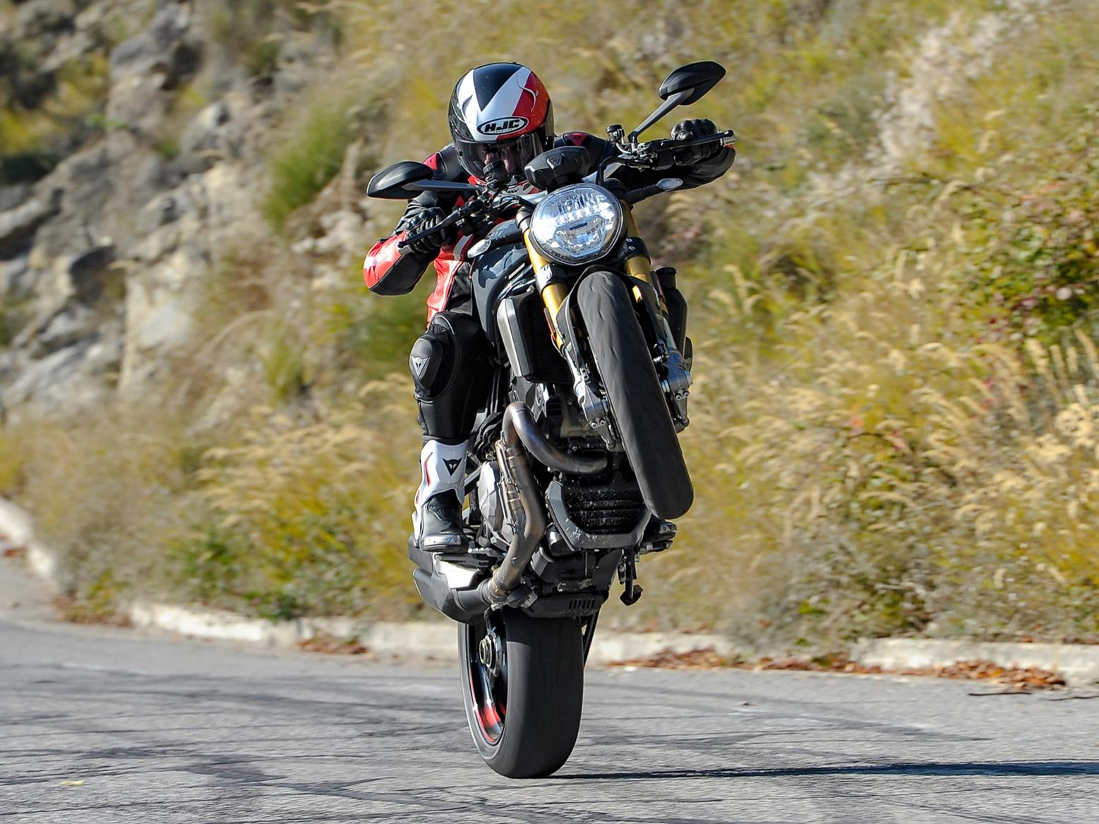 Ducati Monster 1200 wheelie