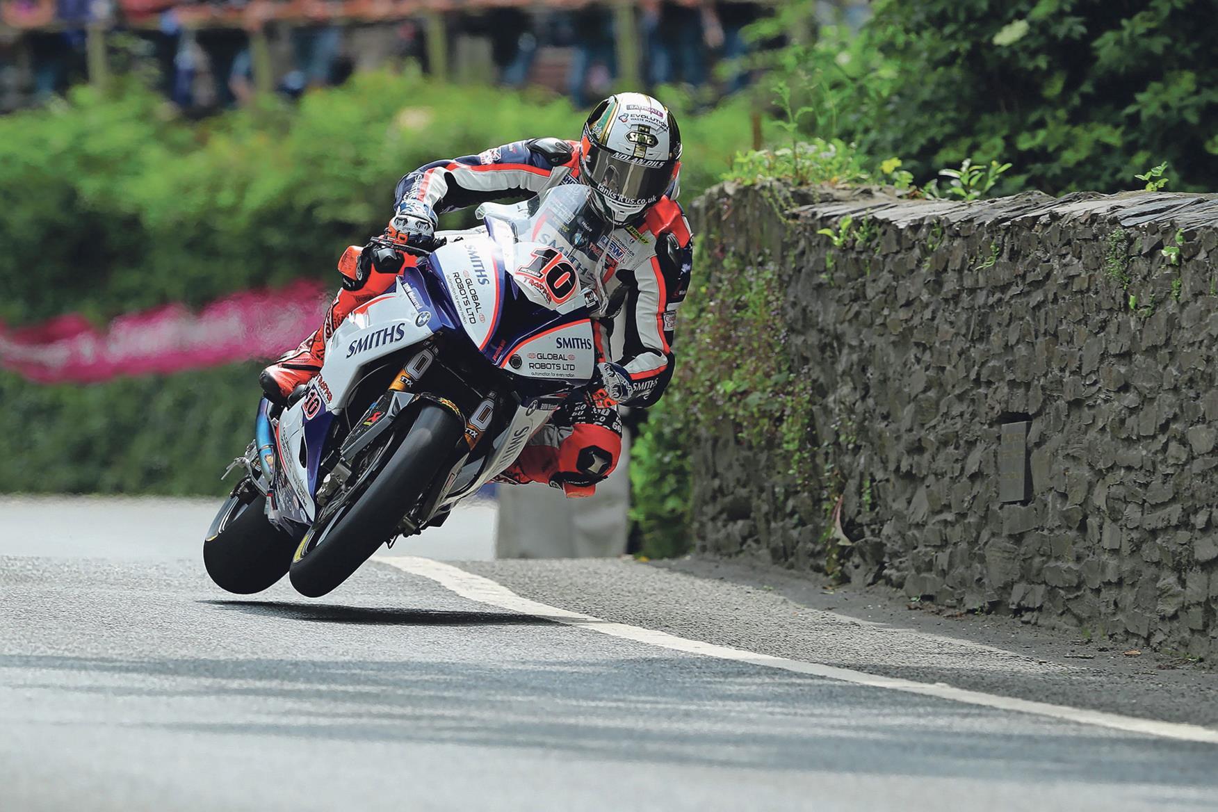 Hickman rides into TT history books