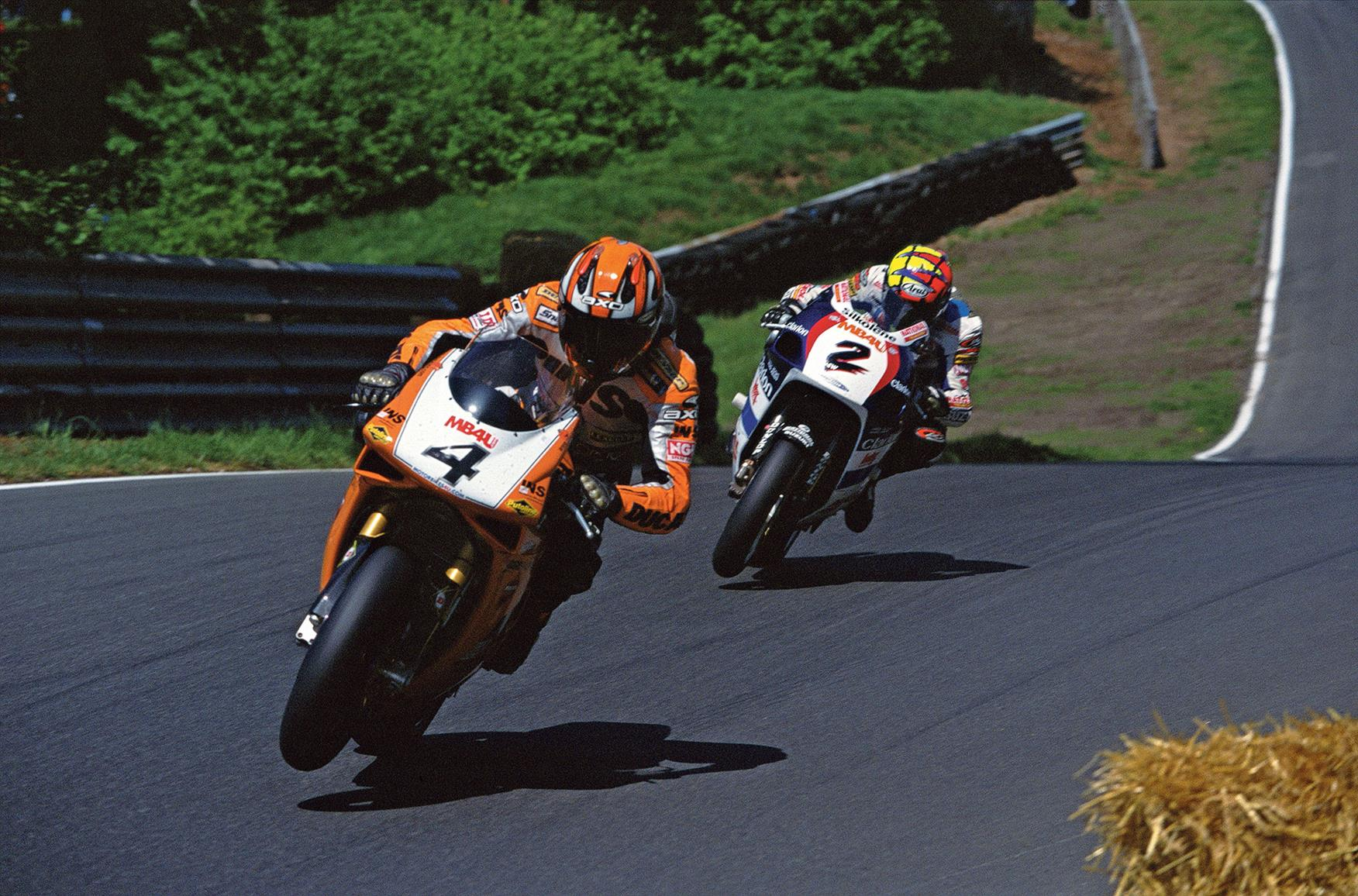 Neil Hodgson and Chris Walker battle for the BSB title