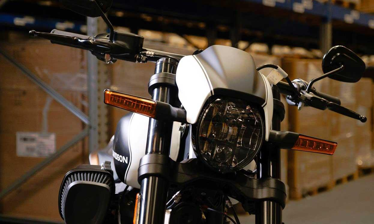 FXDR 114 Limited Edition headlight