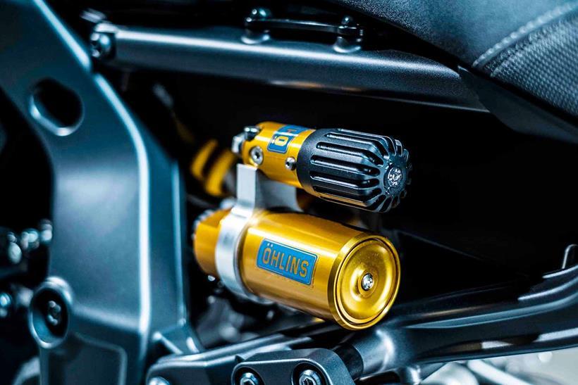 Yamaha MT-09 SP 2021 được giảm xóc Öhlins mới