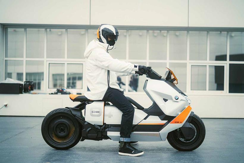 BMW Definition CE 04 concept