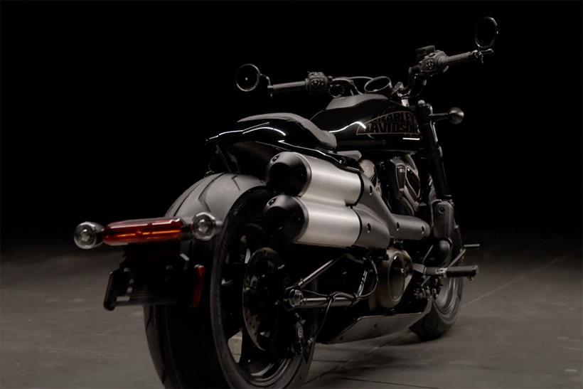 Harley-Davidson 1250 Custom rear
