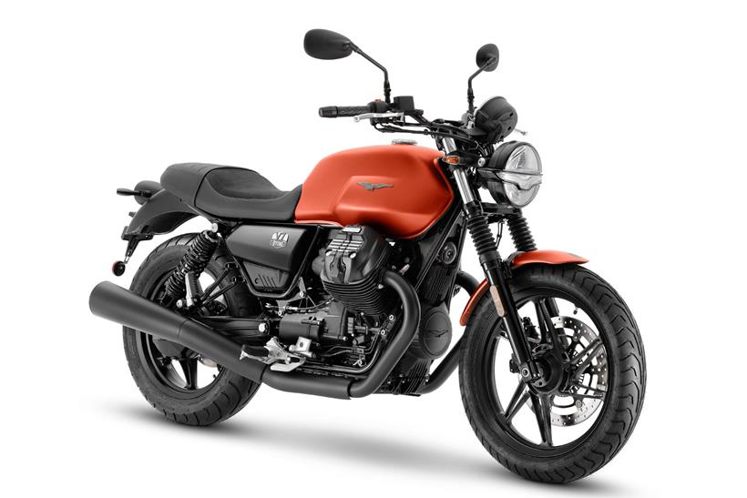 Moto Guzzi V7 Stone in Arancione Rame orange