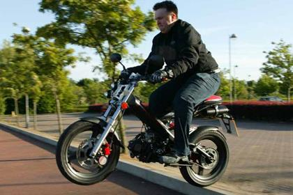 Sachs Madass 50/125 motorcycle review - Riding