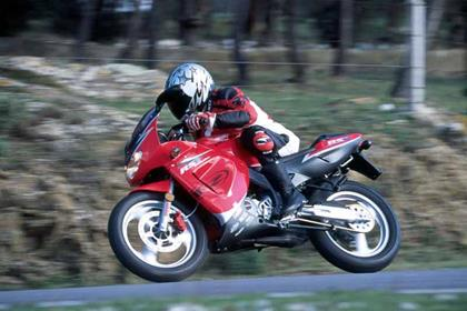 Rieju RS1 motorcycle review - Riding