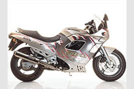 Rewelacyjny Suzuki GSX750F PA84