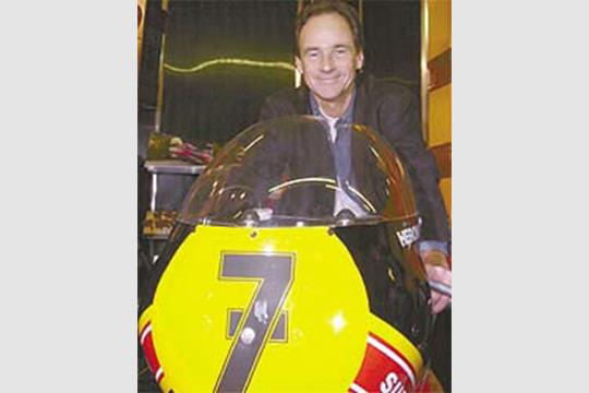 Sheene loses battle with cancer