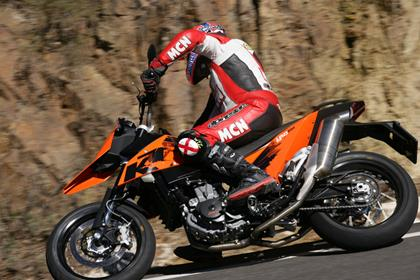 KTM 690SM motorcycle review - Riding