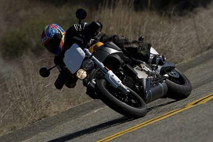 Buell XB12 Super TT motorcycle review - Riding