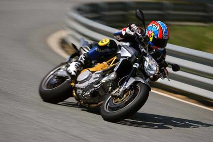 Aprilia Shiver motorcycle review - Riding