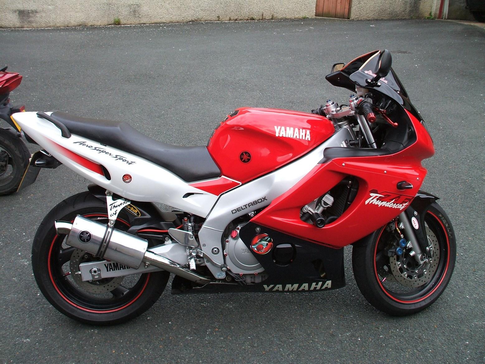 Yamaha Thundercat Vs
