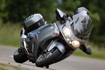 Kawasaki GTR1400 action