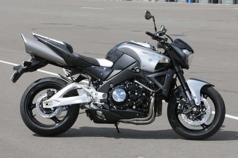 SUZUKI GSX1300 B-KING (2007-2012) Review | MCN