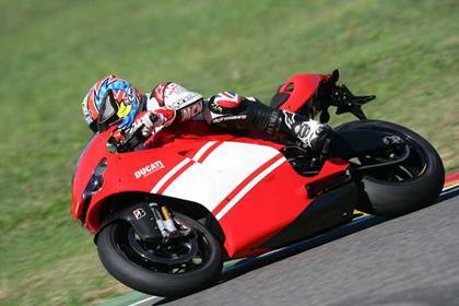 Ducati Desmosedici RR review action