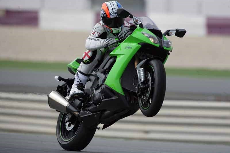 KAWASAKI ZX-10R (2008-2010) Review | Specs & Prices | MCN