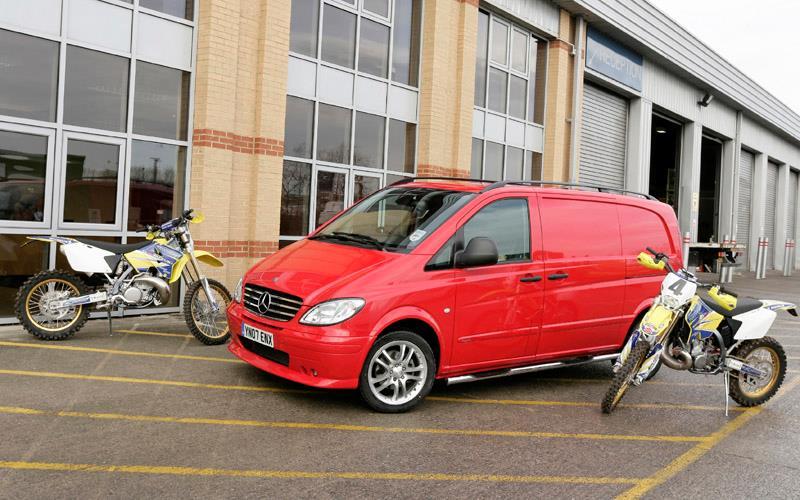 mercedes vito van aimed at motorcycle transport. Black Bedroom Furniture Sets. Home Design Ideas