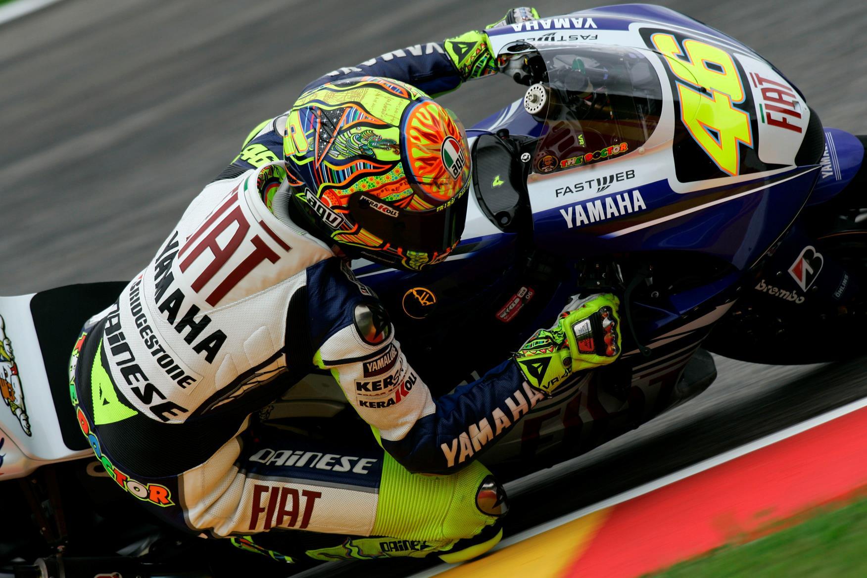 Italian MotoGP: Valentino Rossi smashes Mugello lap record and takes pole | MCN