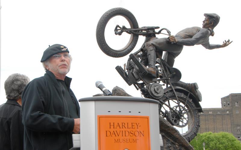 Willie G Davidson: Willie G. Davidson Unveils Statue At Harley Davidson Museum