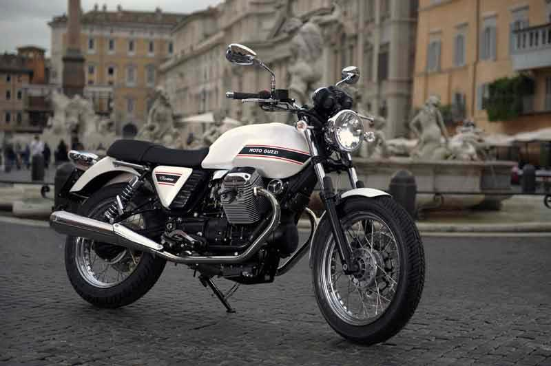 moto guzzi v7 classic 2008 on review specs prices mcn. Black Bedroom Furniture Sets. Home Design Ideas