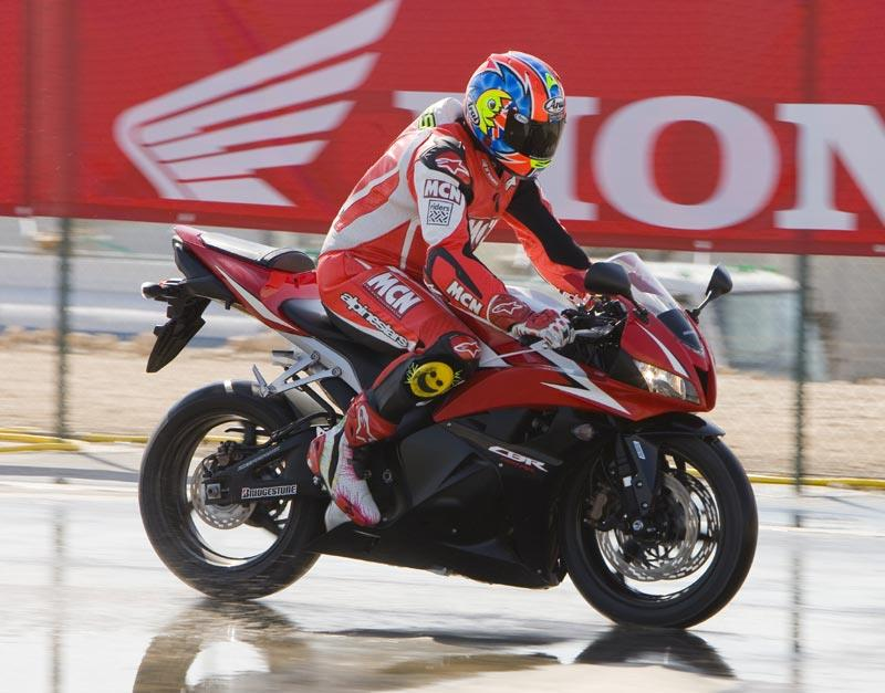 ... Honda CBR600RR   Pushing The C ABS