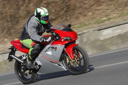 Cagiva Mito SP525 - in action