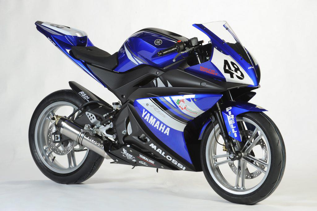 yamaha yzf r125 cup launched in italy mcn. Black Bedroom Furniture Sets. Home Design Ideas