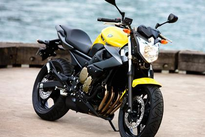 Yamaha XJ6 - mini stretfighter looks