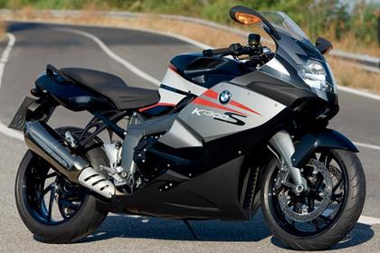 BMW K1300S - looks like previous model, but it's better