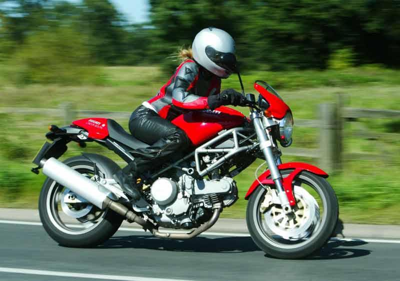 Top 5 Naked Roadsters For Under 163 3k Mcn
