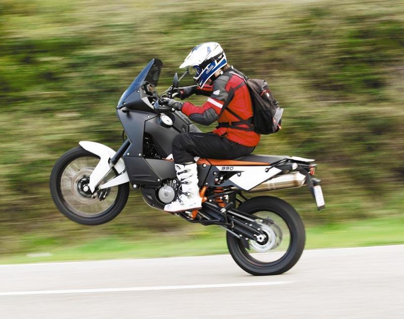 Ktm 990 Adventure Wheelie
