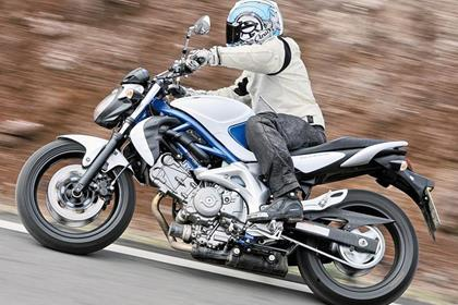 Suzuki Gladius - very easy to ride