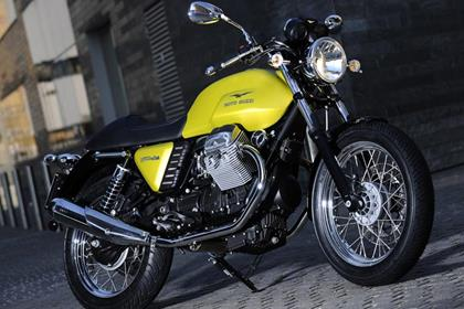 Moto Guzzi Cafe Classic - gorgeous styling