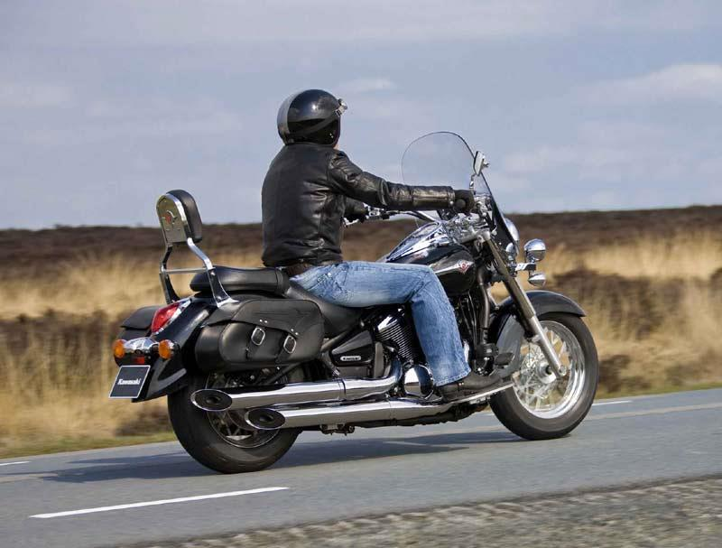 kawasaki vn900 light tourer first ride. Black Bedroom Furniture Sets. Home Design Ideas