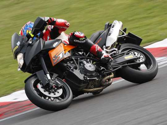 KTM 990 SUPERMOTO TOURING  (2009-on)