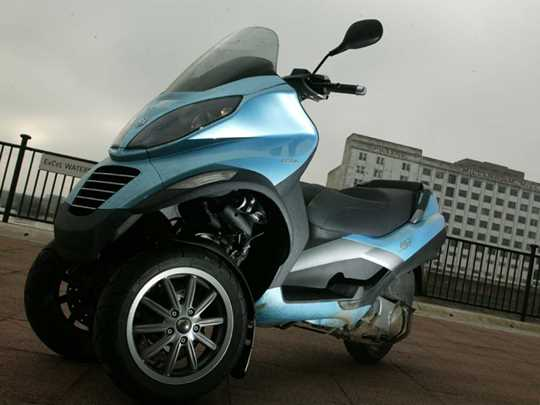 PIAGGIO MP3 250  (2007-on)