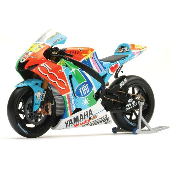 Limited edition assen 2007 rossi yamaha model mcn for Yamaha m1 for sale