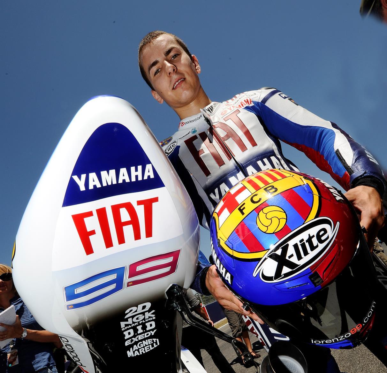 Catalunya MotoGP: Jorge Lorenzo unveils special Barcelona livery | MCN