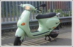 Piaggio Vespa ET4 125