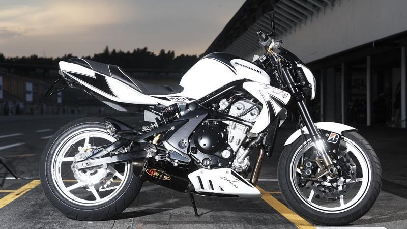 H 246 Ly Kawasaki Er 6 Mcn