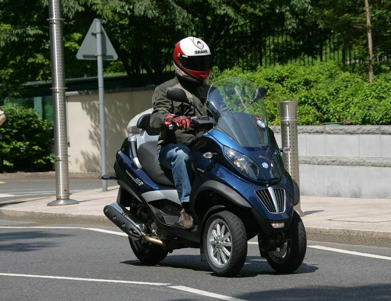 Piaggio Mp3 400 Lt 2009 On Review Specs Amp Prices Mcn