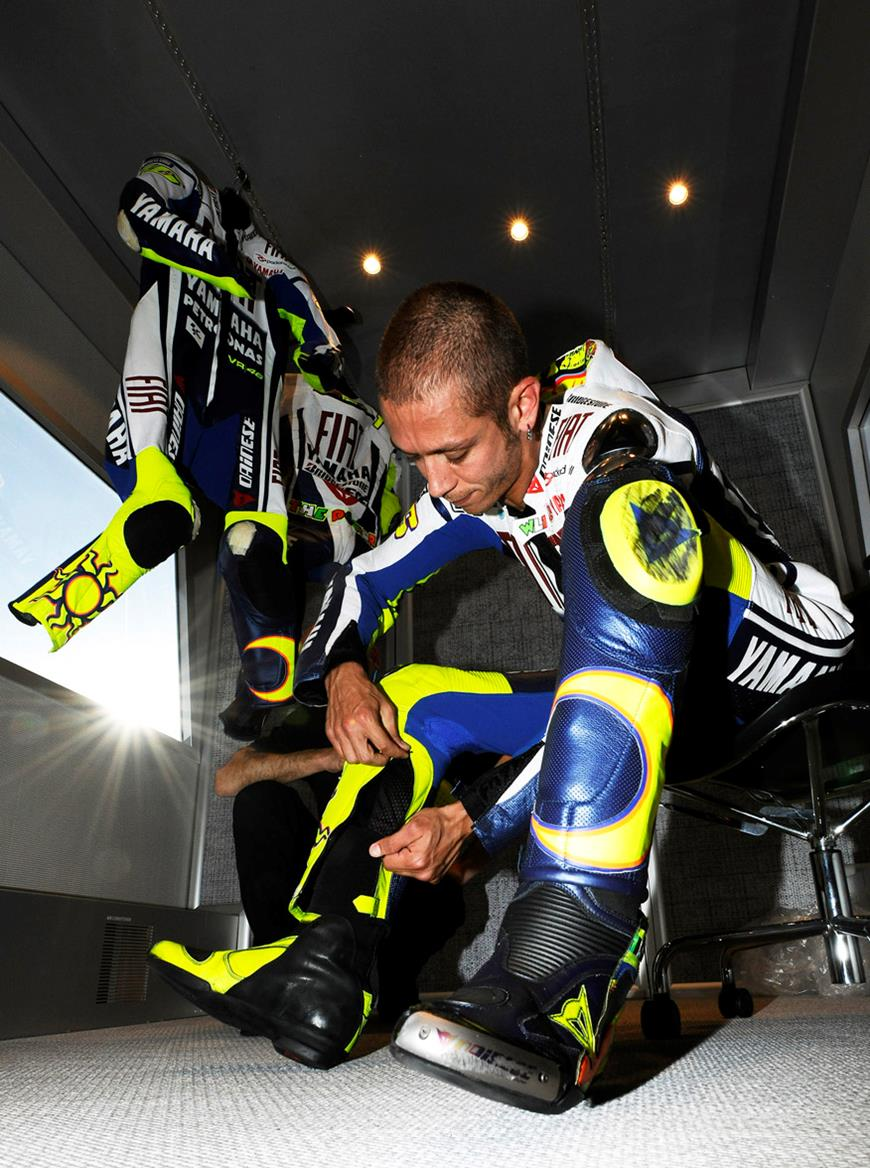 Gore-Tex officially confirm Rossi's waterproof leather suit   MCN