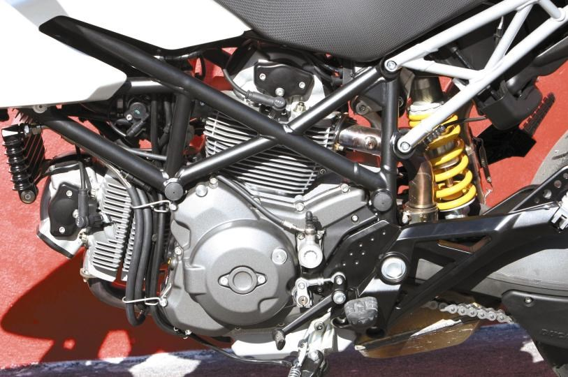 DUCATI HYPERMOTARD 796 (2009-2012) Motorcycle Review | MCN | Hypermotard 796 Engine Diagram Valve |  | MCN