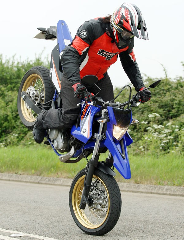 Yamaha Wr125x 2009 On Review Speed Specs Amp Prices Mcn