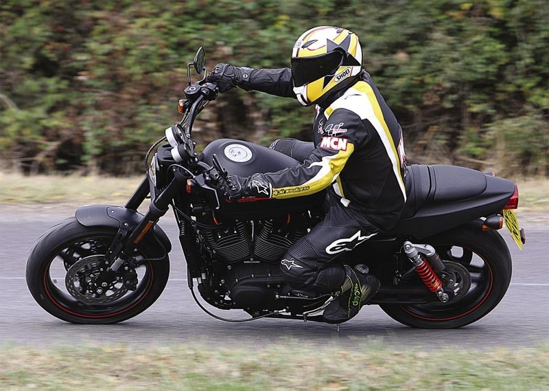 HARLEY-DAVIDSON XR1200 (2010-2012) Motorcycle Review | MCN