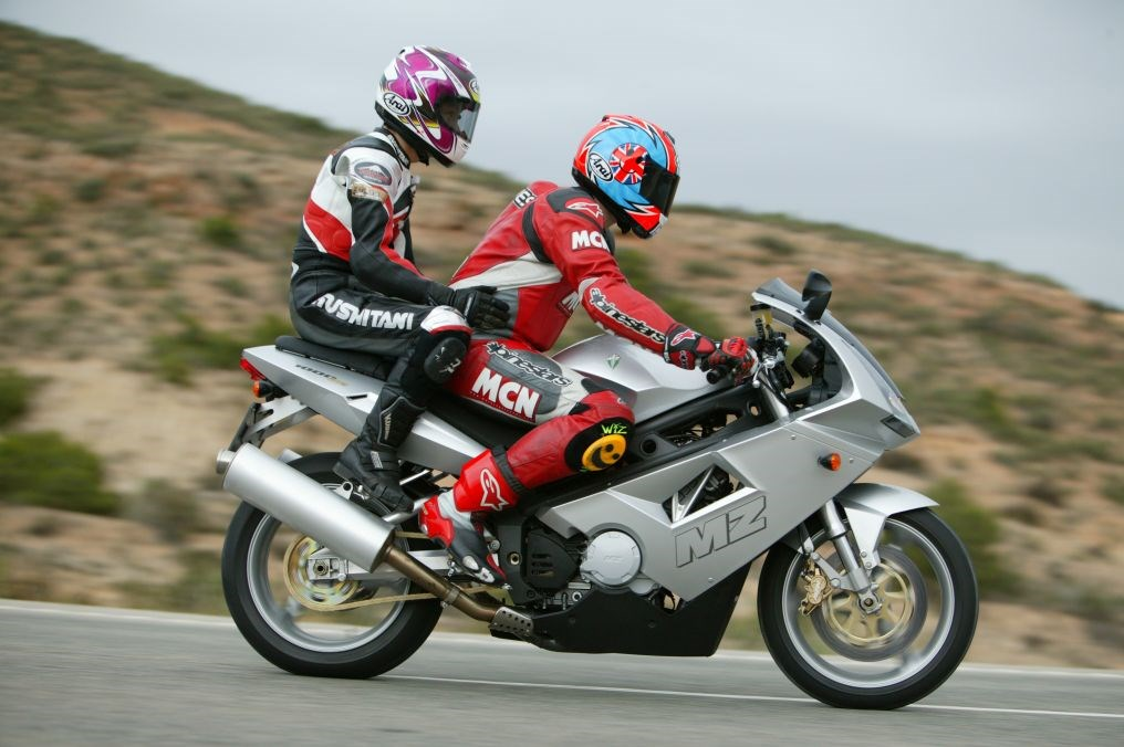 Basic Skills How To Take A Pillion For The First Time Mcn