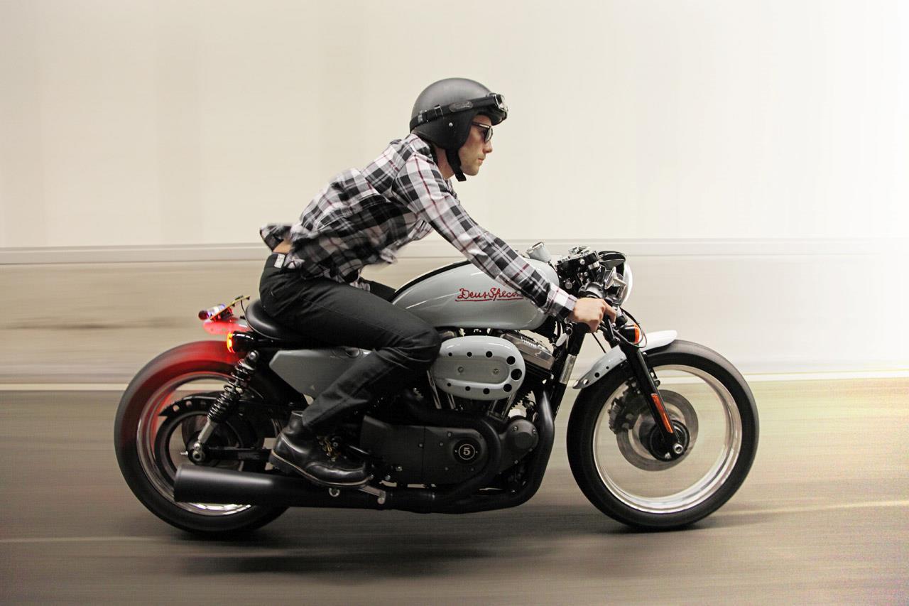 Stripped-back Deus Harley-Davidson Sportster