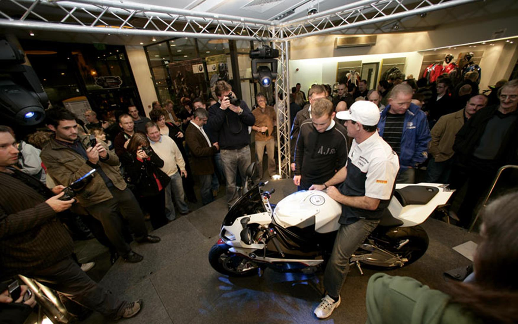 Troy Corser Marks Bmw S1000rr Dealer Launch Day Mcn