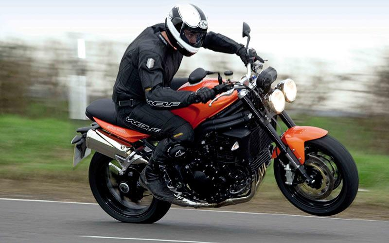 Best tyres for a Triumph Speed Triple | MCN